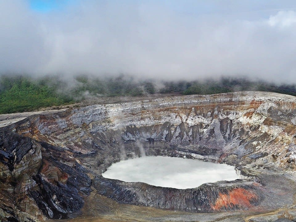 volcano-2169559_960_720