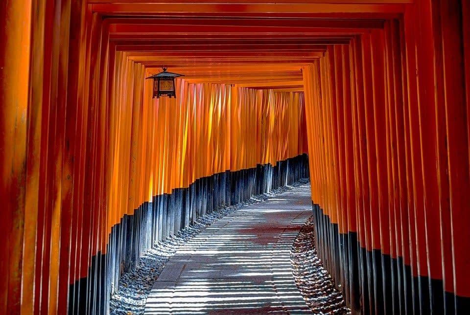torii-1886975_960_720